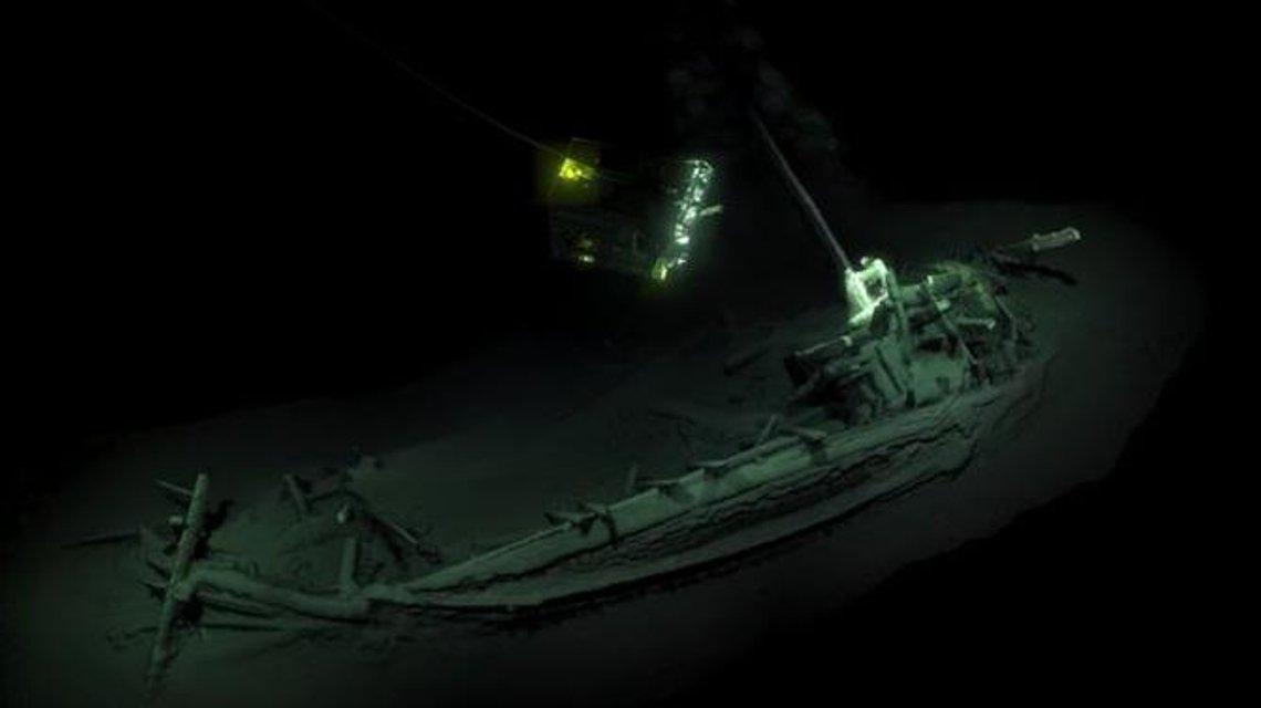В Черном море нашли тысячелетнее греческое торговое судно в идеальном состоянии (ФОТО) - фото 154700