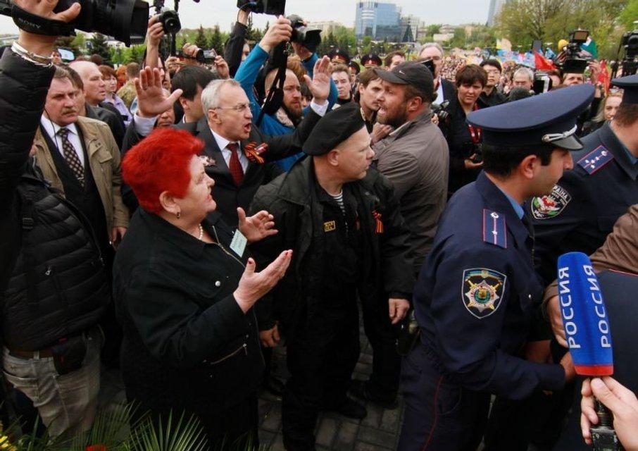 Минус два зуба: в 'ДНР' похитили и избили одного из 'отцов-основателей' - фото 155282