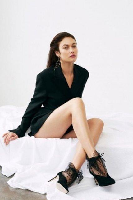 Голливудская звезда из Украины украсила обложку модного глянца - фото 155340