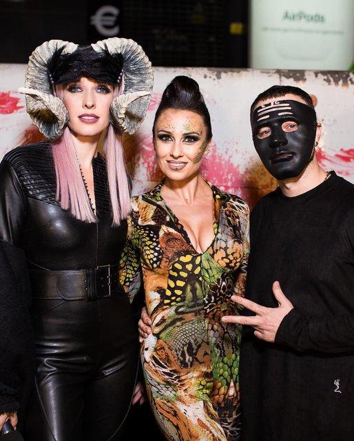 Лучшие костюмы знаменитостей на Хэллоуин 2018 (Фото) - фото 156331