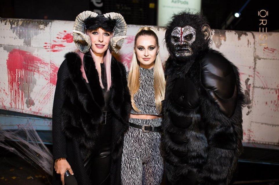 Лучшие костюмы знаменитостей на Хэллоуин 2018 (Фото) - фото 156336