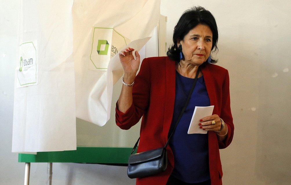 Саакашвили снова в деле: Выборы в Грузии как череда совпадений - фото 156607