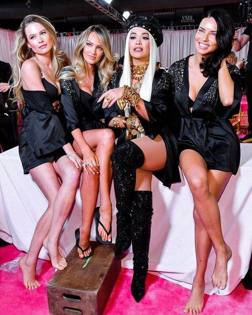 Victoria's Secret Fashion Show 2018: первые горячие фото и видео с показа - фото 158179