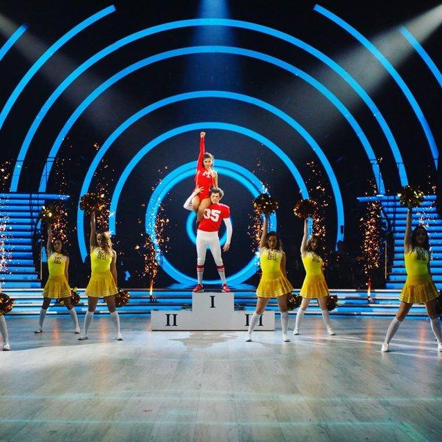 Танці з зірками 2018 12 выпуск онлайн: грандиозный четвертьфинал под пение звезд Украины - фото 158515