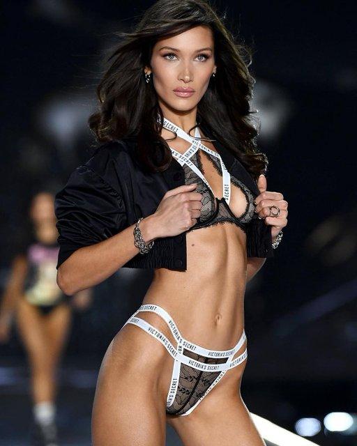 Среди моделей Victoria's Secret выбрали обладательницу лучшей фигуры - фото 158619