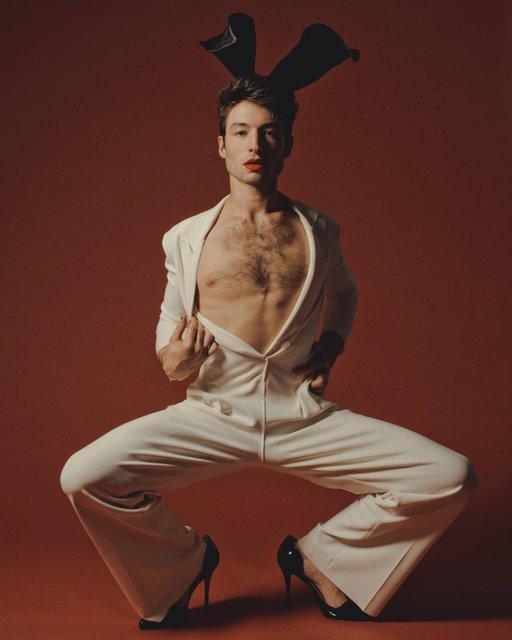Звезда 'Фантастических тварей' появился на страницах Playboy - фото 159636
