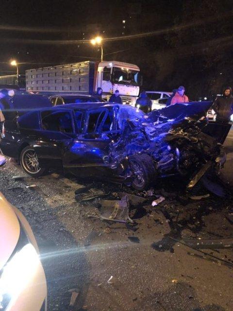 В Днепре в масштабном ДТП с участием 10 машин пострадали люди - фото 160075