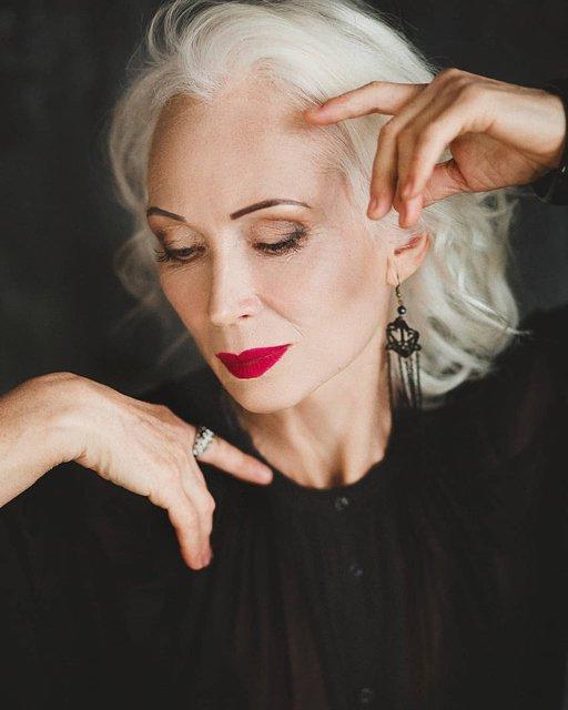66-летняя украинская модель вошла в рейтинг самых вдохновляющих женщин мира - фото 160240