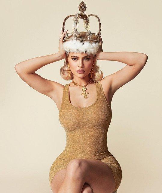 Кайли Дженнер стала Королевой - фото 160771