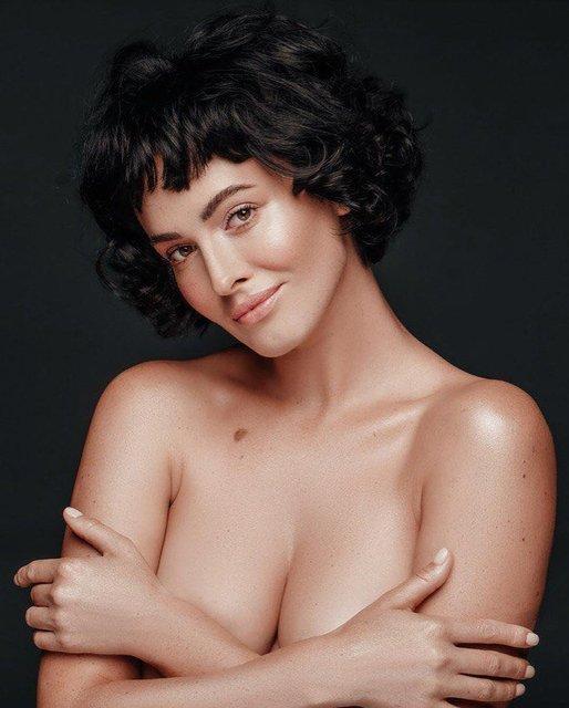 Даша Астафьева топлес позировала в новой фотосессии - фото 161433