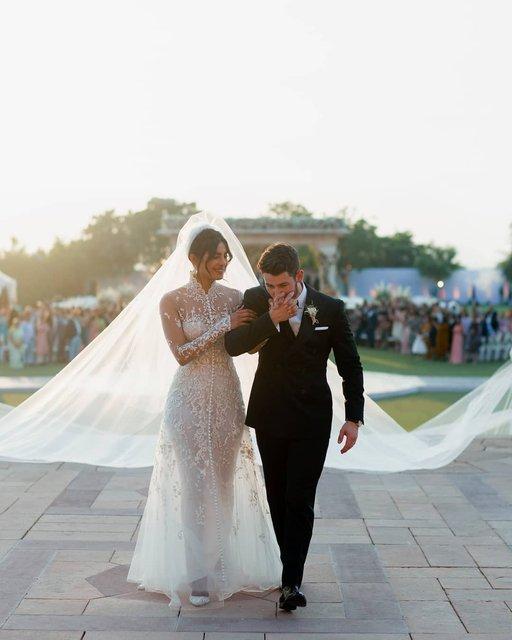 Лучшая подруга Меган Маркл показала невероятные фото со своей свадьбы - фото 162897