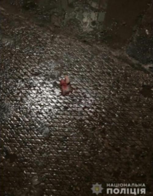Кровавая жесть в Харькове: полицейский застрелил посетителя супермаркета - фото 163133
