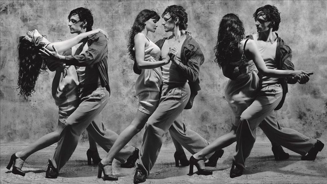 Джиджи Хадид и Летиция Каста разделись для фотосессии со скандальным Полуниным - фото 163183