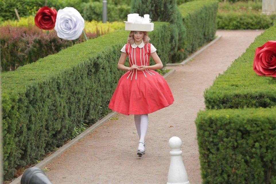 Топ-модель по-украински: участники перевоплотятся в героев 'Алисы в Стране чудес' - фото 163264