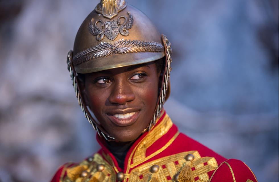 Щелкунчик и четыре королевства: Уж лучше посмотреть в тысячный раз «Один дома» - фото 163373