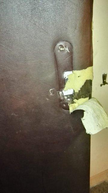 Квартирные террористы на службе бога: иеговисты отжимают жилье ветерана с помощью цыган - фото 164284