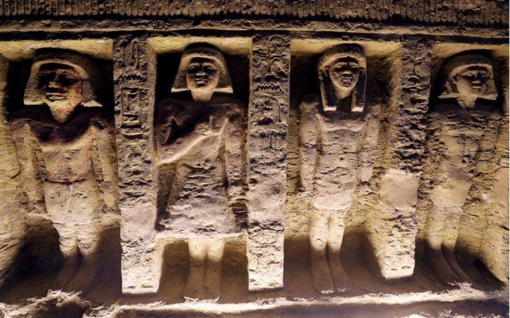 В Египте нашли гробницу, которой 4400 лет - фото 164874