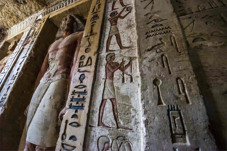 В Египте нашли гробницу, которой 4400 лет - фото 164876