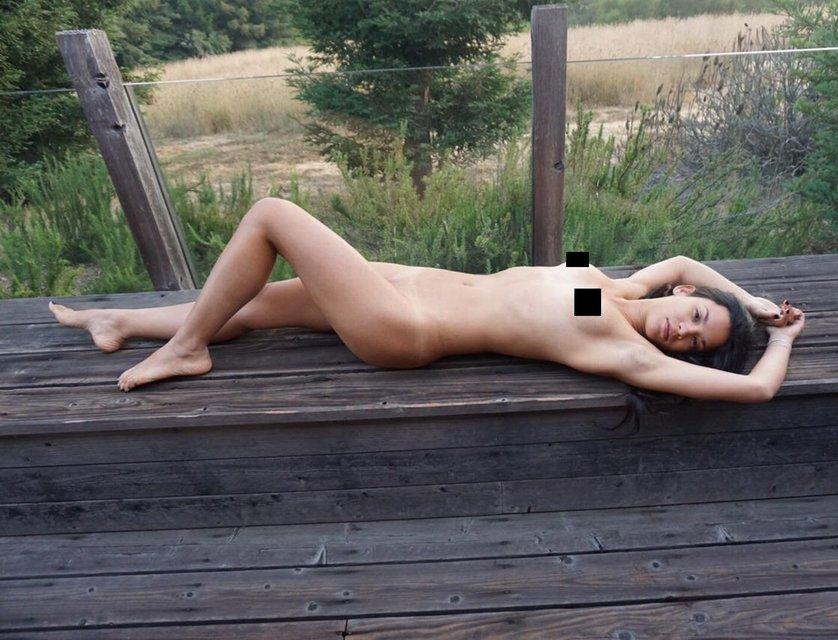 Интимные фото звезды Ходячих мертвецов слили в сеть - фото 165365