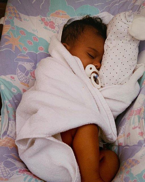 Тина Кунаки ждет ребенка от Венсана Касселя - фото 166638