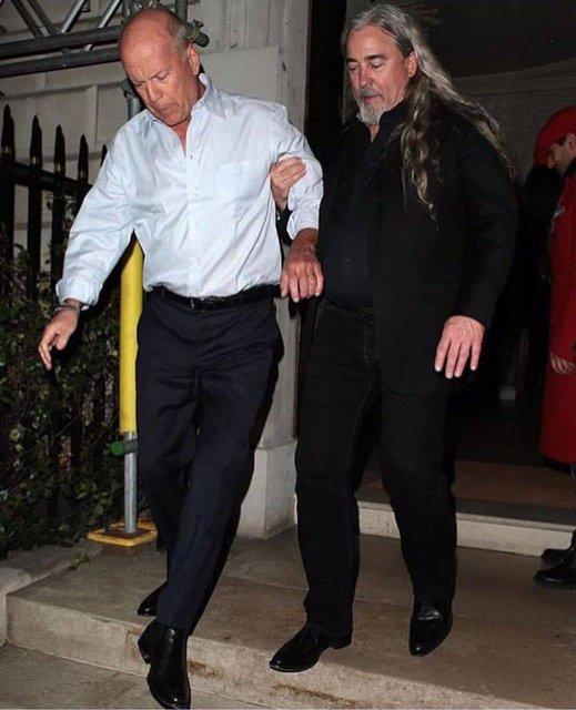 Пьяный Брюс Уиллис навел шуму в Лондоне (фото) - фото 167462