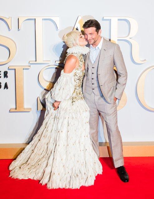 Между нами химия: Леди Гага призналась в чувствах к Брэдли Куперу - фото 167794