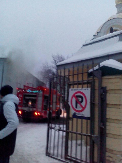 В Киеве пылает Печерска лавра - фото 168098