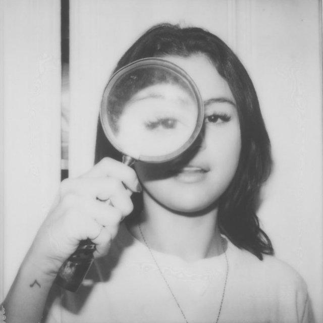Селена Гомес вернулась в Instagram с пикантными фото - фото 168221