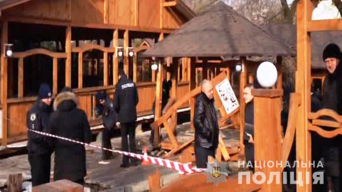В Одессе у ресторана прогремел взрыв, возможно покушались на застройщика - фото 168866