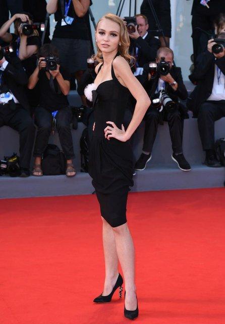 Не хуже папы: Лили-Роуз Депп номинировали на французский 'Оскар' - фото 169583