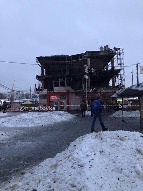 В Харькове сгорел торговый центр (ВИДЕО) - фото 169821