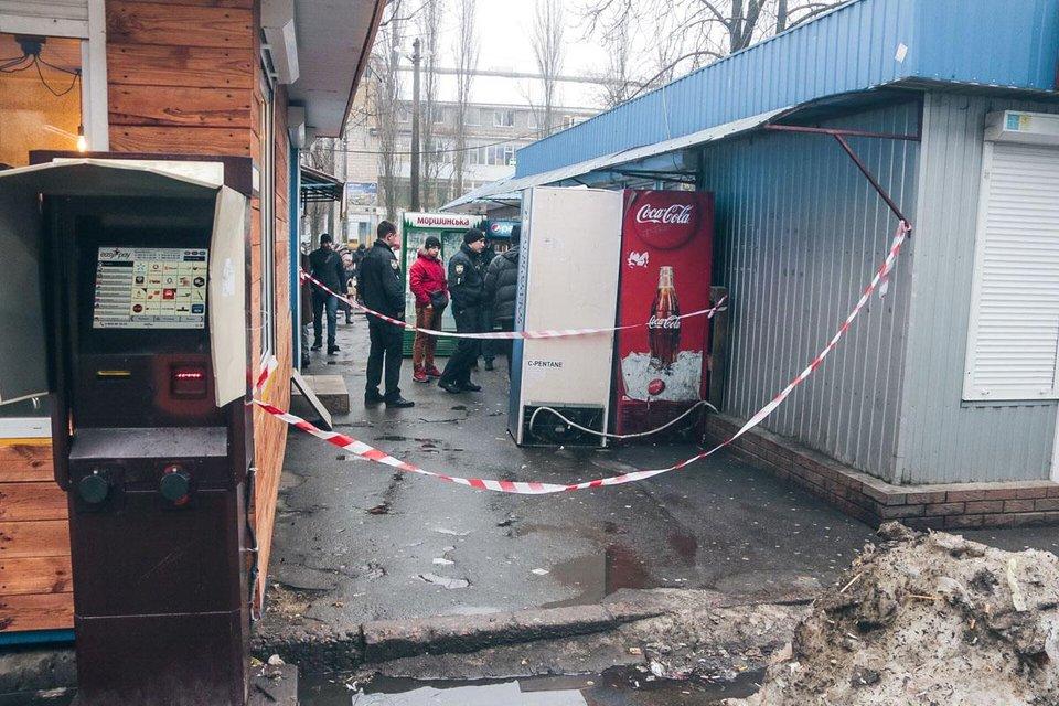 В Киеве выстрелили в глаз 5-летнему мальчику (фото) - фото 170656