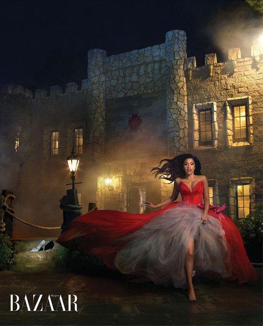 В образе Рапунцель и не только: Карди Би снялась в сказочной фотосессии - фото 171744