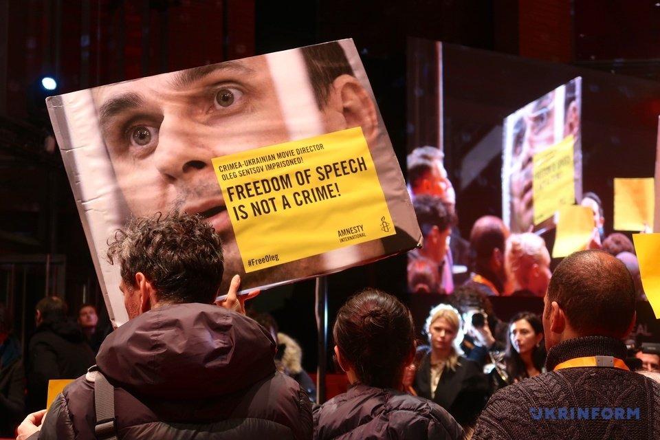 Берлинале 2019: кинозвезды призвали освободить Сенцова - фото 171976
