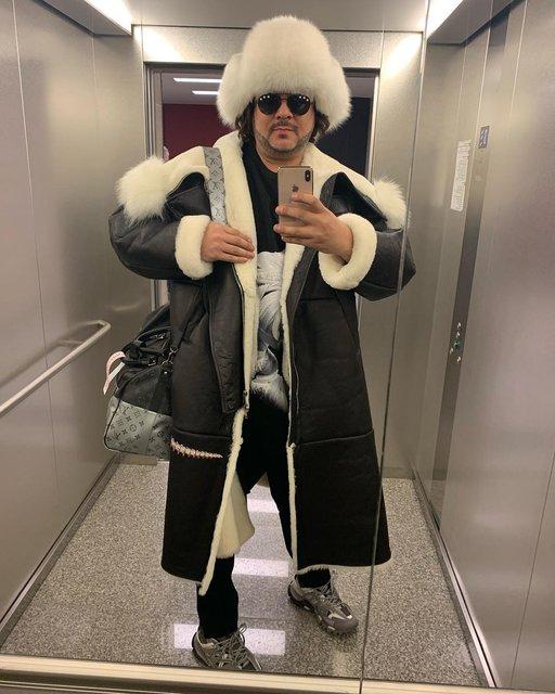 Полная безвкусица: Ани Лорак раскритиковали за наряды, как у Киркорова - фото 172047