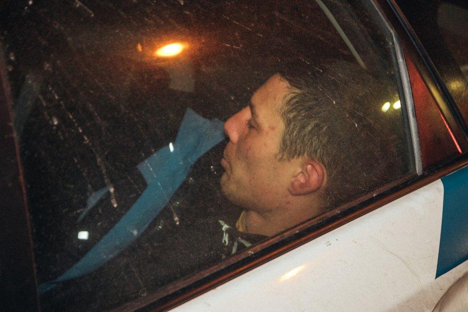 В Киеве пьяный неадекват угнал авто, врезался в Nissan и угрожал изнасиловать копов ВИДЕО - фото 172573