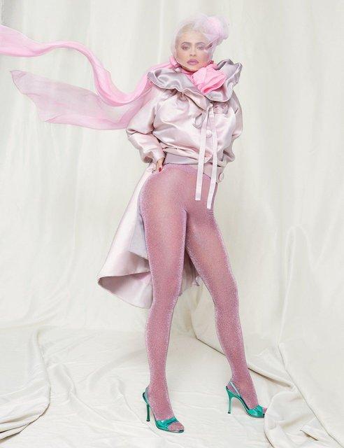Кайли Дженнер с новой прической обнажилась в очередной фотосессии - фото 173117