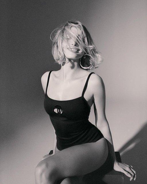 Хейли Болдуин с новым цветом волос позировала для украинского фотографа - фото 173274