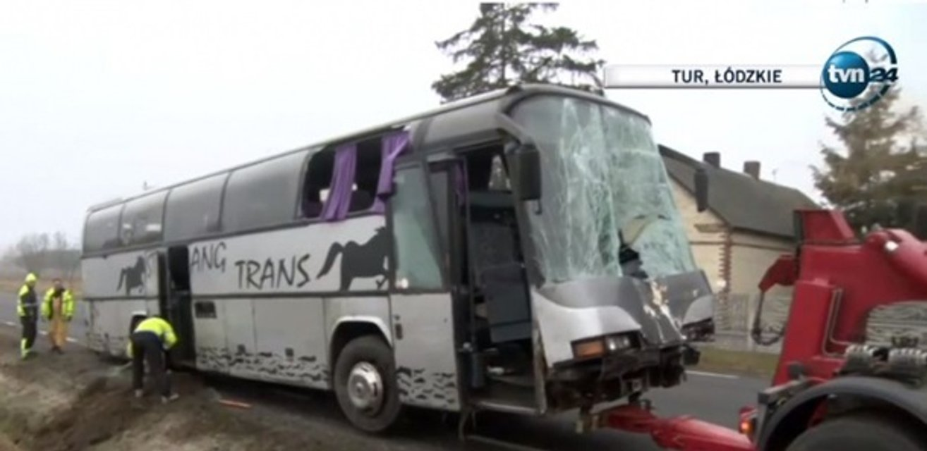 В Польше в жесткую аварию попал автобус с украинцами - фото 174404
