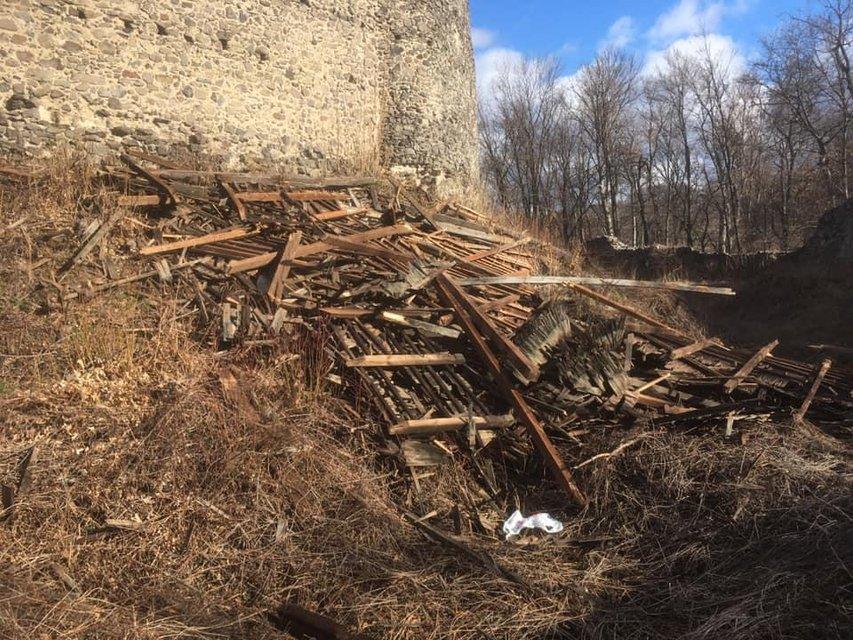 На Закарпатье ураган уничтожил памятник архитектуры - фото 175632