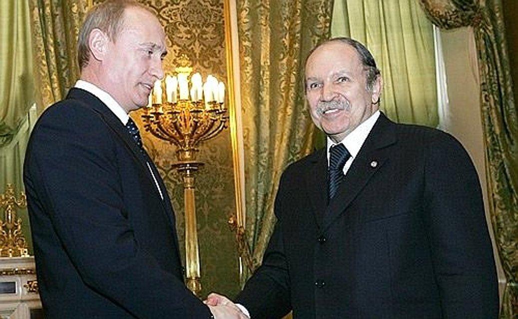 Исчезающая геронтократия: Что происходит в Алжире - фото 175887