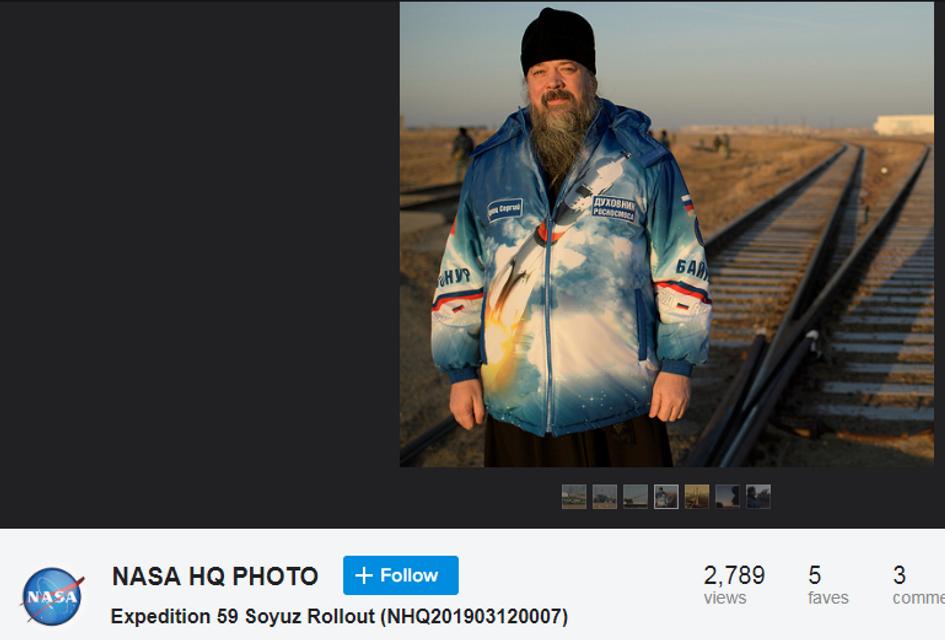 Отец Звездоний: НАСА опубликовало фото духовника Роскосмоса - фото 175903