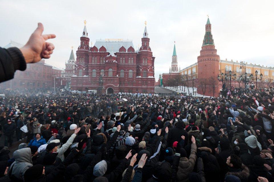 Оправдывал 'нацизм': Россия возбудила дело против Вятровича - фото 176086
