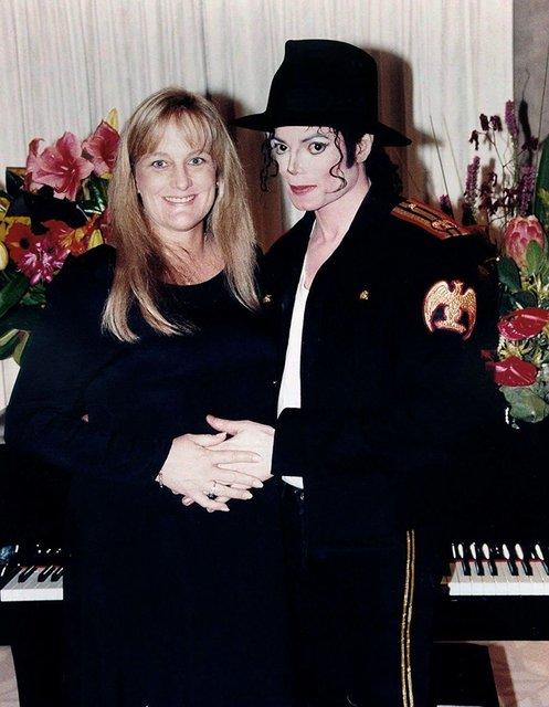 Экс-супруга Майкла Джексона, воспитывающая от него детей, заявила, что у них не было секса - фото 176289
