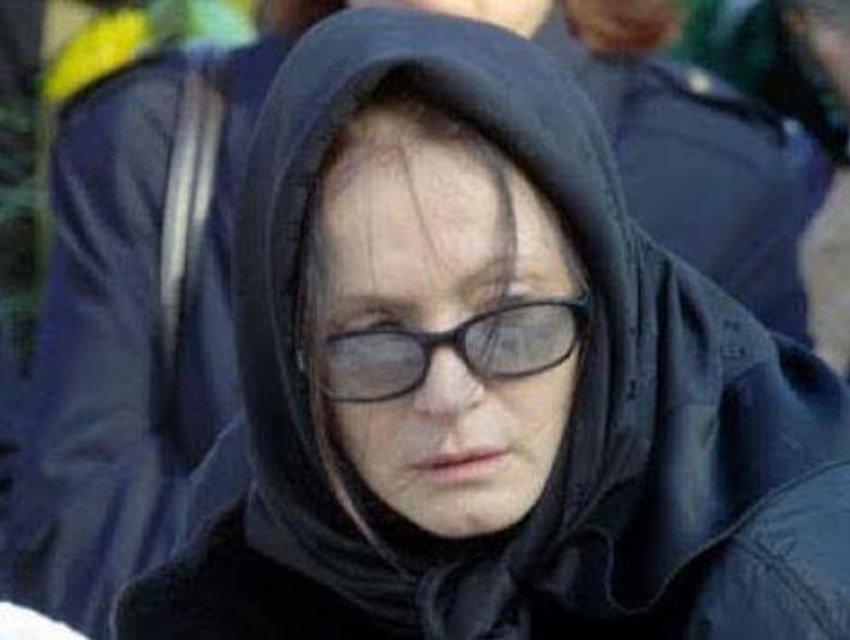 Проходит химиотерапию: в сеть попало фото больной Софии Ротару - фото 177109