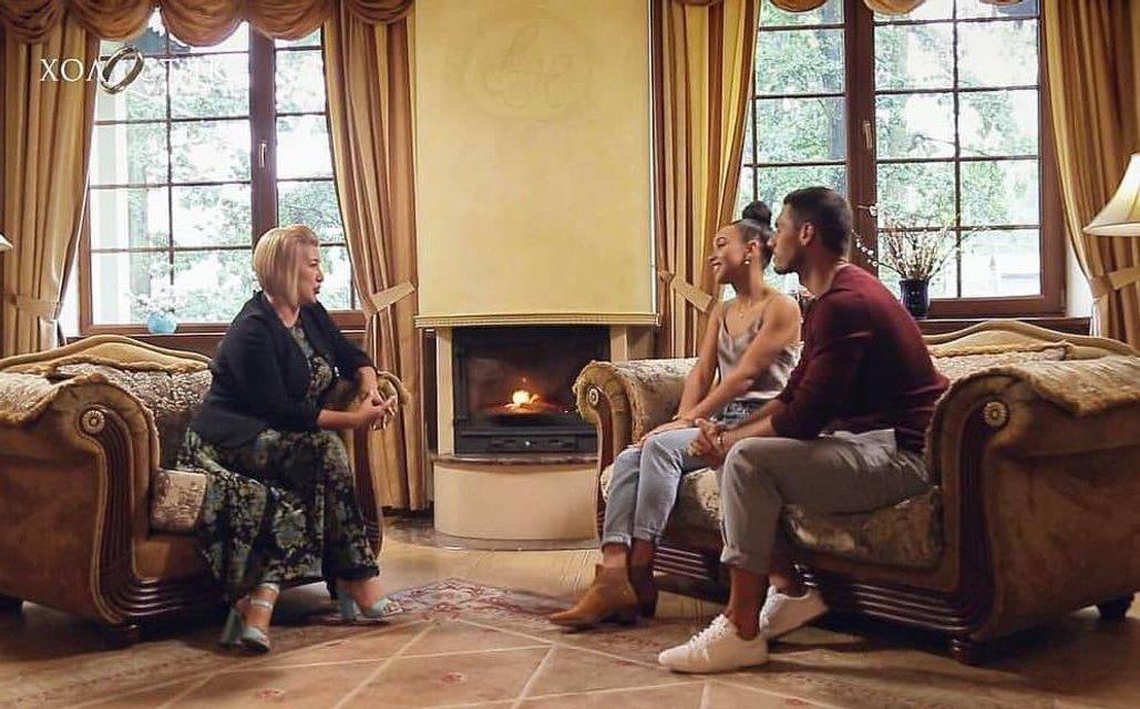 Холостяк 9 сезон 3 выпуск: Свидание-тренинг с Элизабет - фото 177383