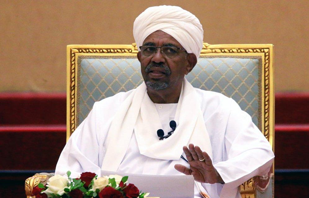В Судане свергли президента - ФОТО - фото 179251