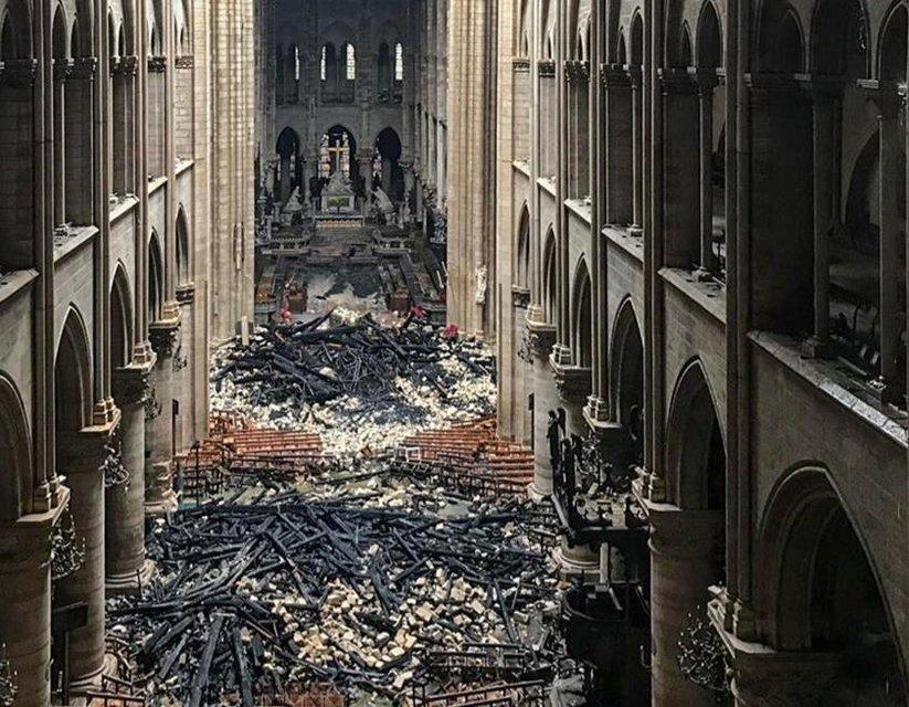 Пожар в Нотр-Даме: как выглядит собор сейчас (ФОТО) - фото 179585