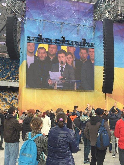 Зеленский vs Порошенко - долгожданные дебаты кандидатов - фото 179783