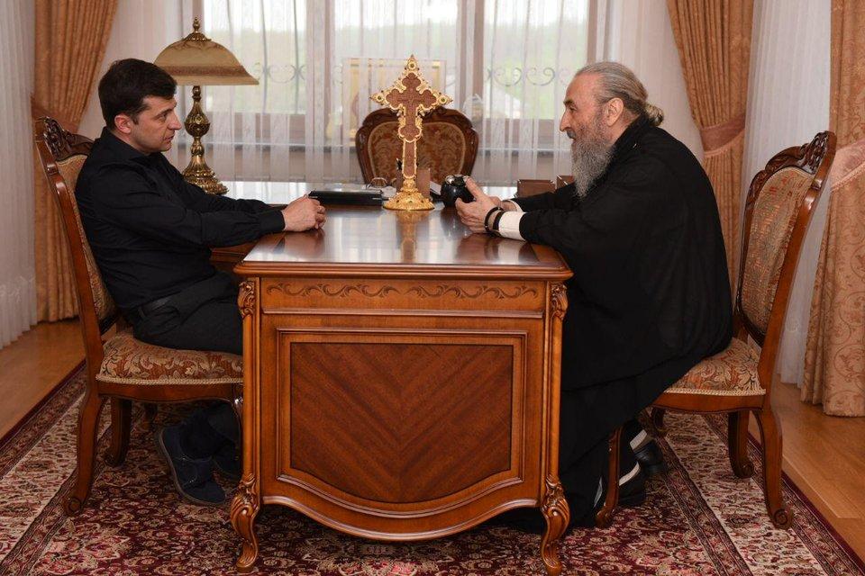 Зеленский встретился с главами ПЦУ и УПЦ - фото 180417
